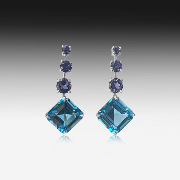 18kt White Gold Blue topaz earrings