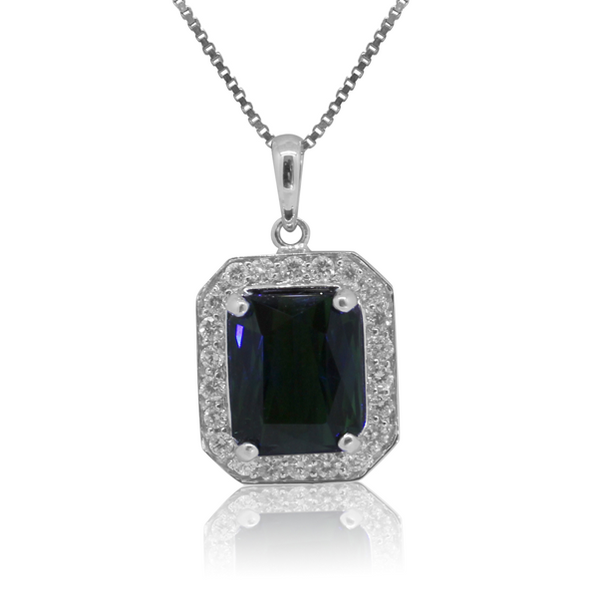 18kt White Gold Pendant with Green Tourmaline and Diamonds