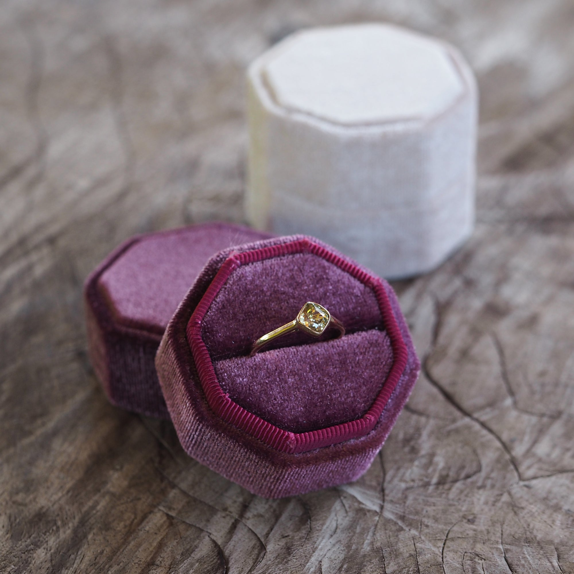 Octagon Velvet Ring Box