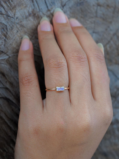 Baguette Moonstone Ring in Gold