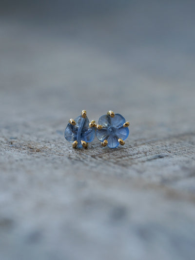 Mismatched Cornflower Sapphire Earrings in Eco Gold