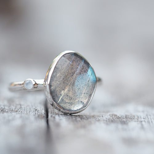 New Grounds // Labradorite & Moonstone Ring - Gardens of the Sun Jewelry
