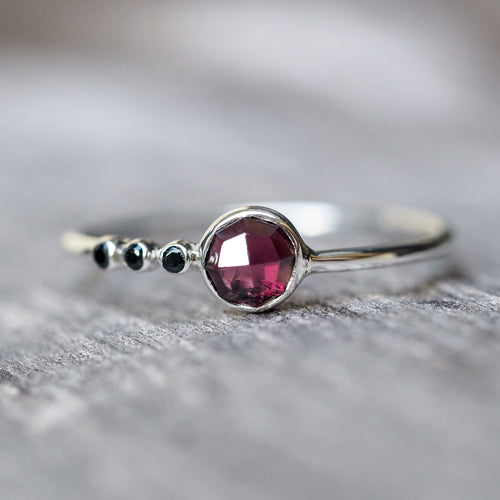 Rose Cut Garnet and Black Spinel Ring