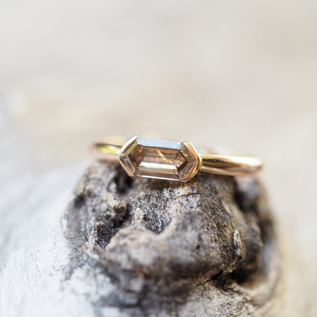 Hexagon Diamond Bullet Ring in Rose Gold Gardens of the Sun