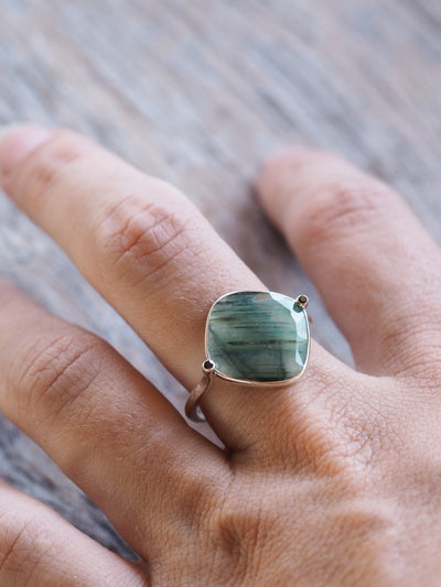 Emerald Slice Ring - Gardens of the Sun Jewelry
