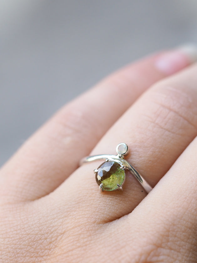 Rose cut Green Tourmaline and Moonstone Ring