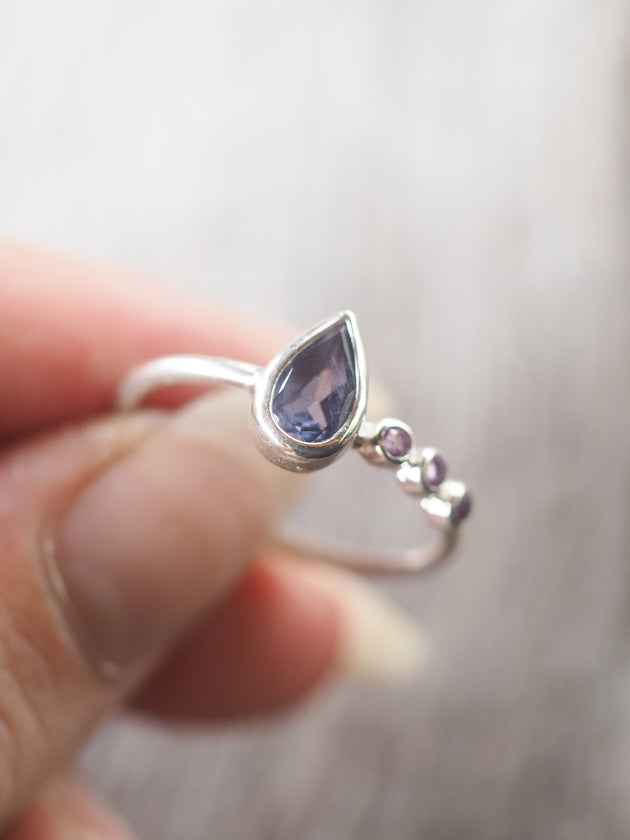 Wyoming Iolite and Amethyst Ring
