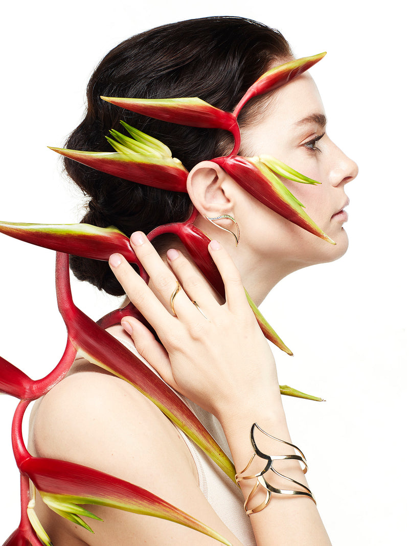 CRAWLER LEAF HELICONIA EARRINGS