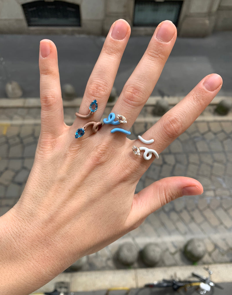 Double Vine Tendril Ring in Warm Taupe Enamel