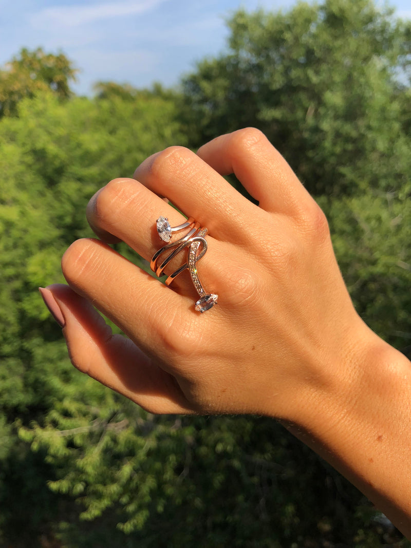 Morning Star Lily Ring with Rock Crystal in Rose Gold