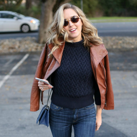 How Leather Outfits Can Redefine the Personality of a Working Mom?