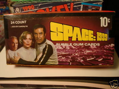Space 1999 TV series cards rare full box 1976