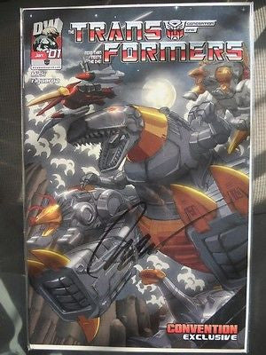 Transformers convention only issued comic book signed by the artist