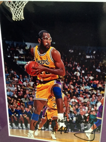 James Worthy NBA rare lakers signed photo w/COA