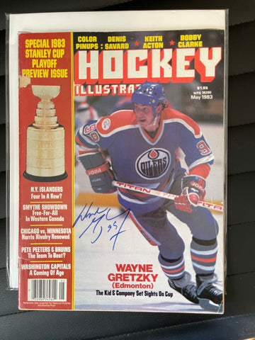 Wayne Gretzky rare autograph Hockey illustrated sports magazine with COA