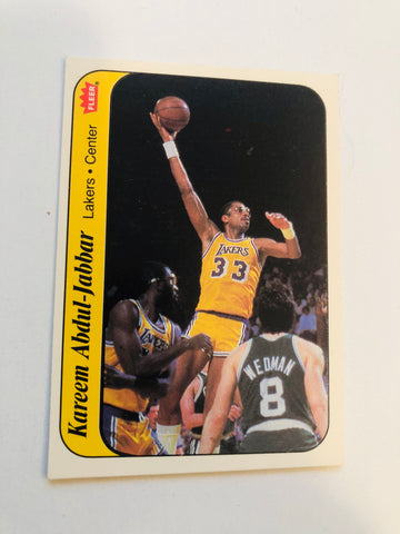 1986 Fleer basketball Kareem Abdul Jabbar sticker card