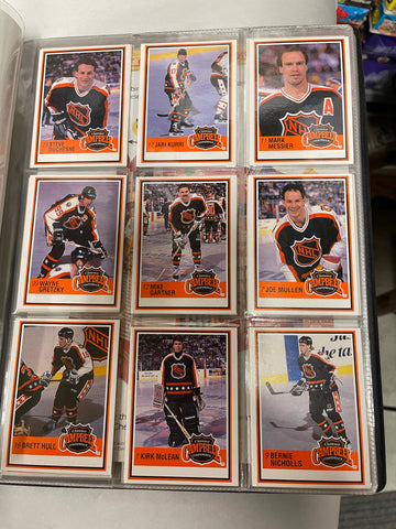 Kraft hockey limited issued complete cards set in Binder 1991/92