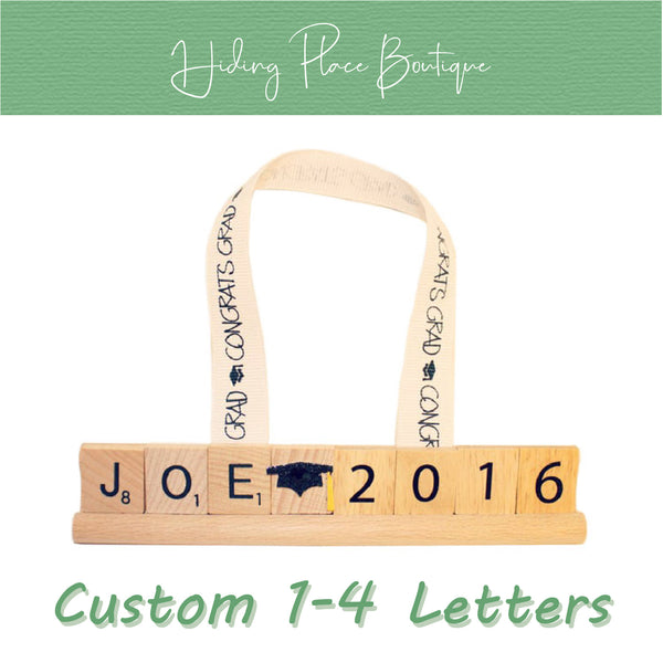Custom Grad Name & Year 1 - 4 Letter Ornament