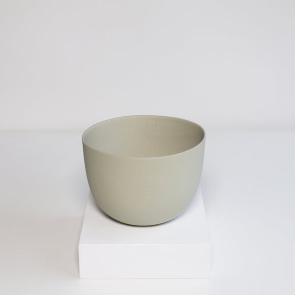 Medium Jupiter Pot/Planter - Light Celadon