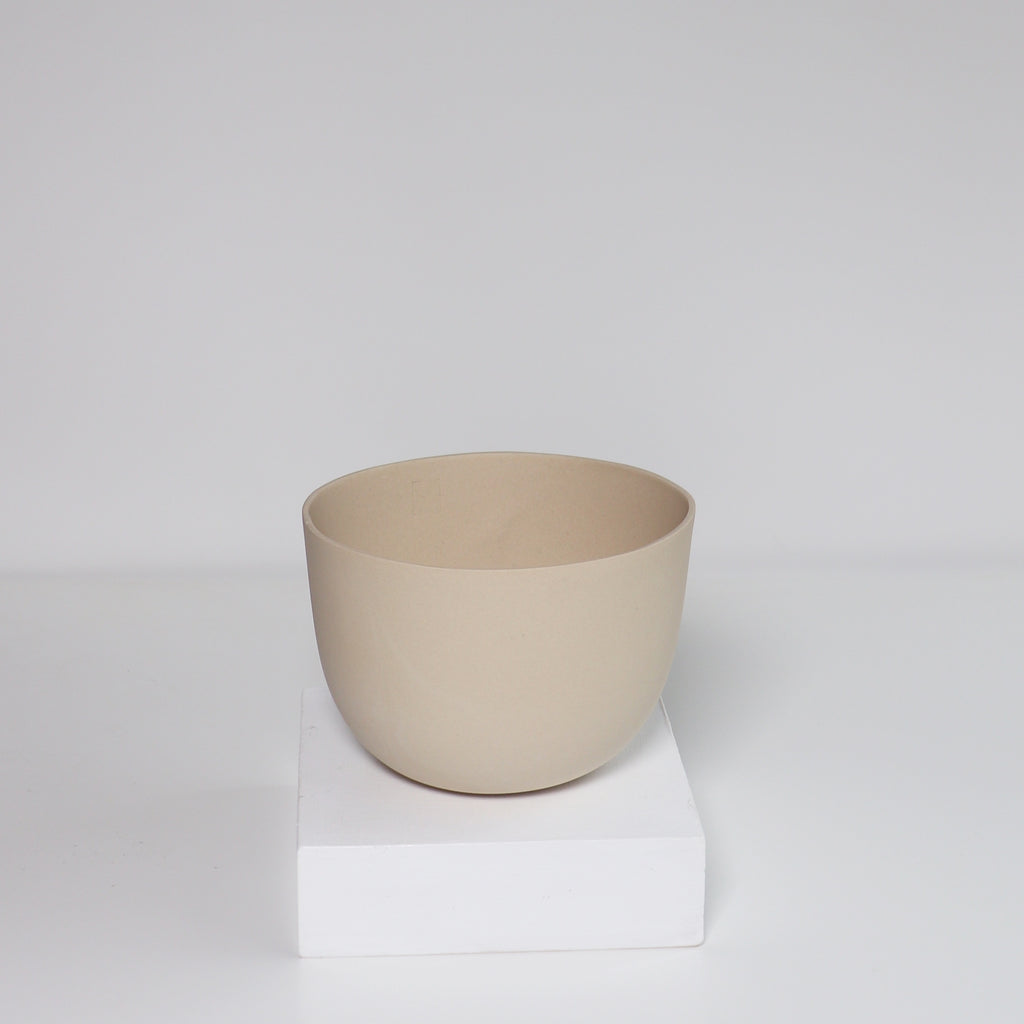 Medium Jupiter Pot/Planter -Natural