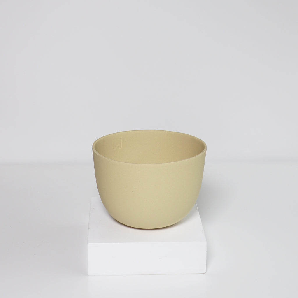Medium Jupiter Pot/Planter -Straw Yellow