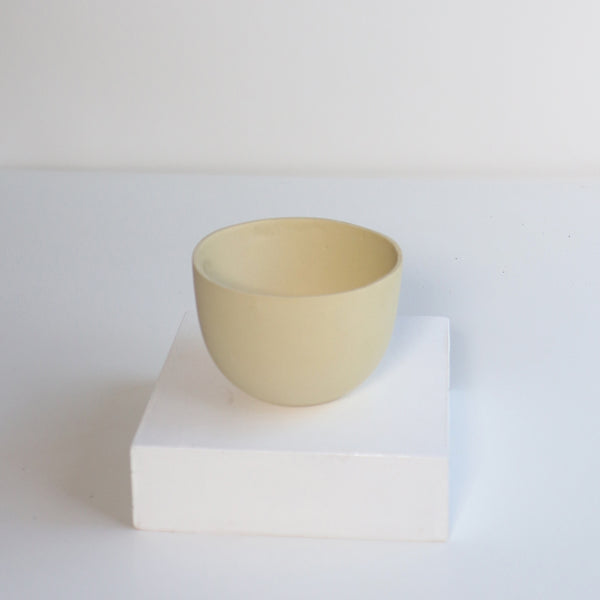 Small Jupiter Pots/Planters - Straw Yellow