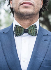 SASNETT FEATHER BOW TIE