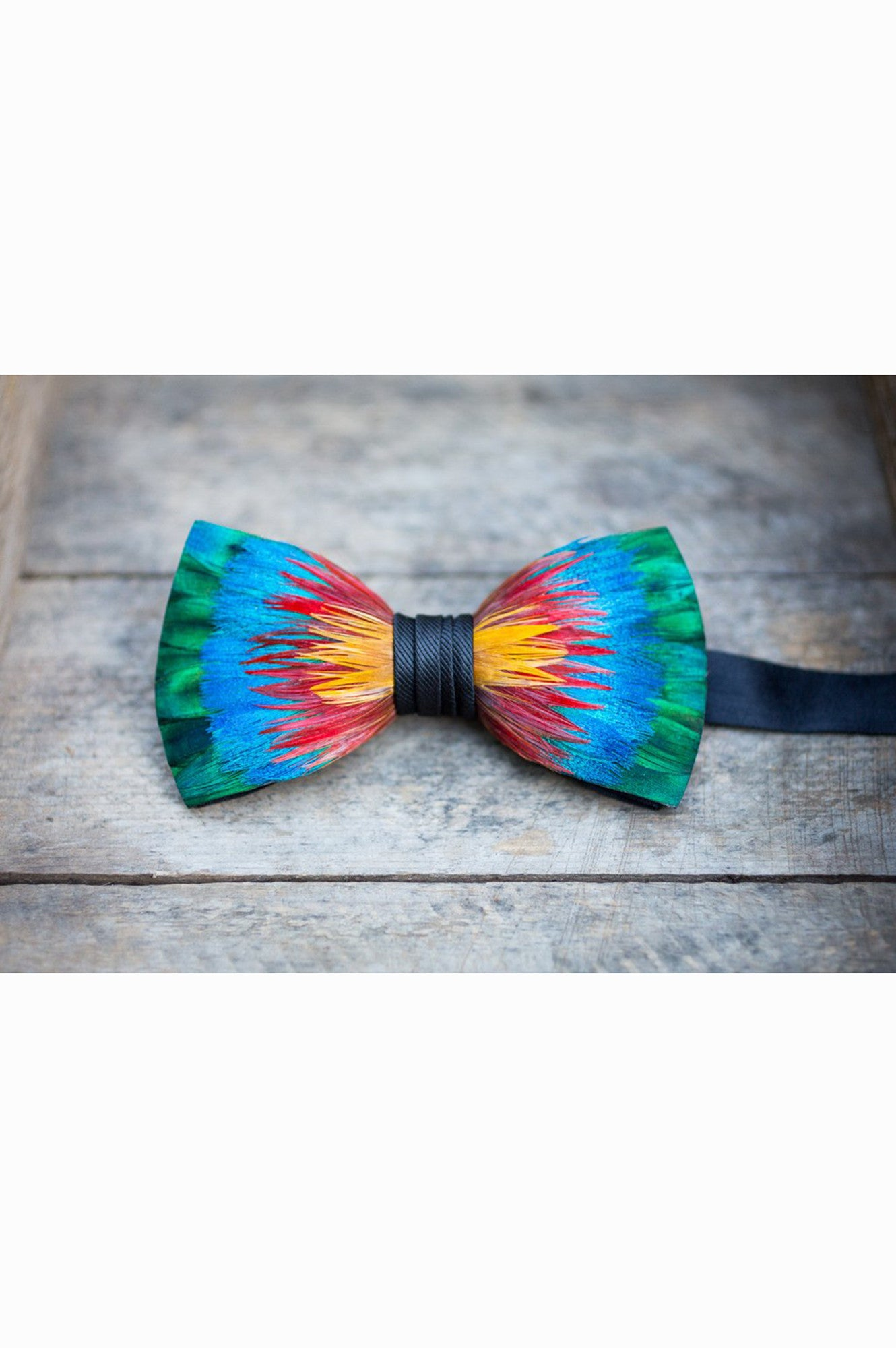 SPECTRUM FEATHER BRACKISH BOWTIES