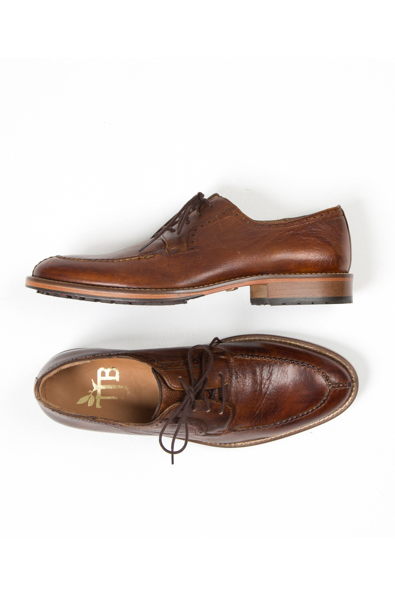 brown lace up dress shoes for men
