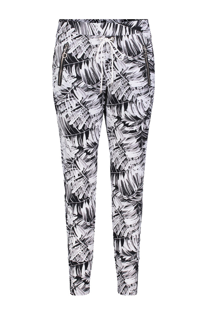 EASY ACTIVE PANT - BLACK SEASON PRINTED