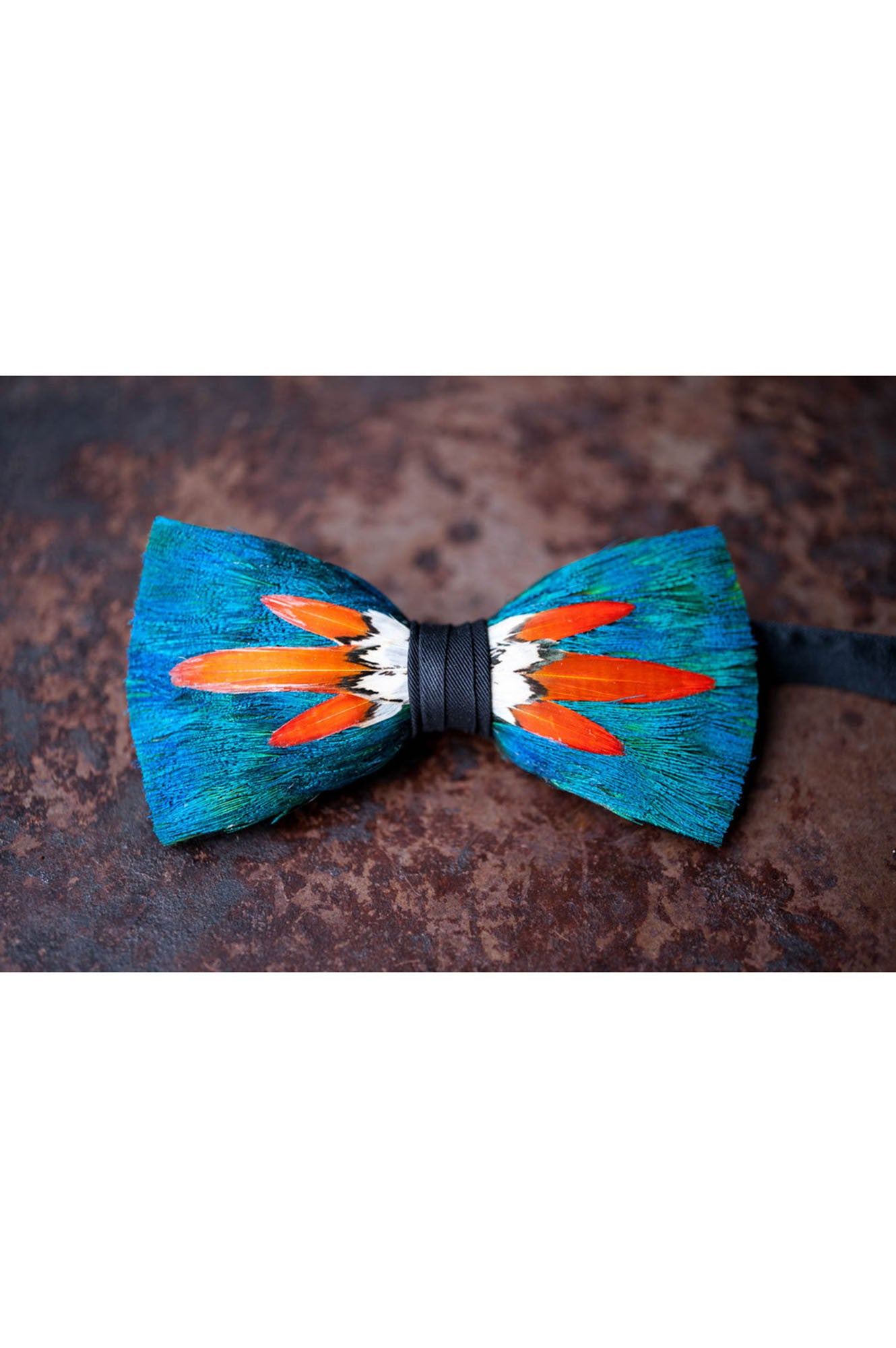 BLOOM FEATHER BRACKISH BOW TIE