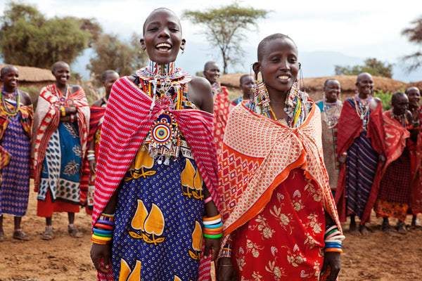 women Maasai tribe members