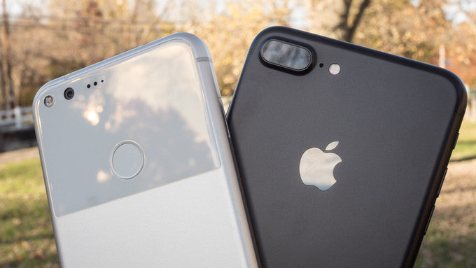 Google Pixel XL vs Apple iPhone 7 Plus: Which Phone is Worth the Price?