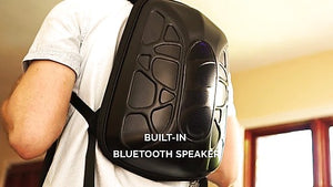 Universal Trakk Shell Backpack - A Bluetooth Speaker and Powerbank [REVIEW]
