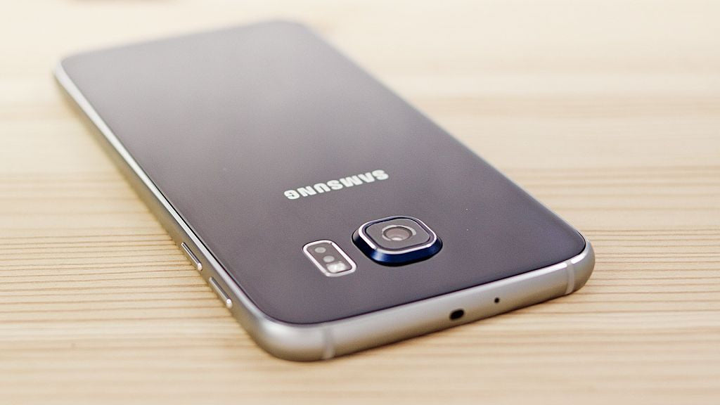 Samsung Galaxy S7 and S7 Edge Update Fixes Main Problems and Bugs