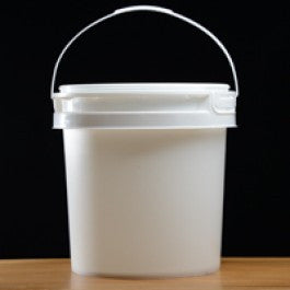 2 Gallon Food Grade Plastic Fermenter with Grometted Lid - Barley & Vine  - 1