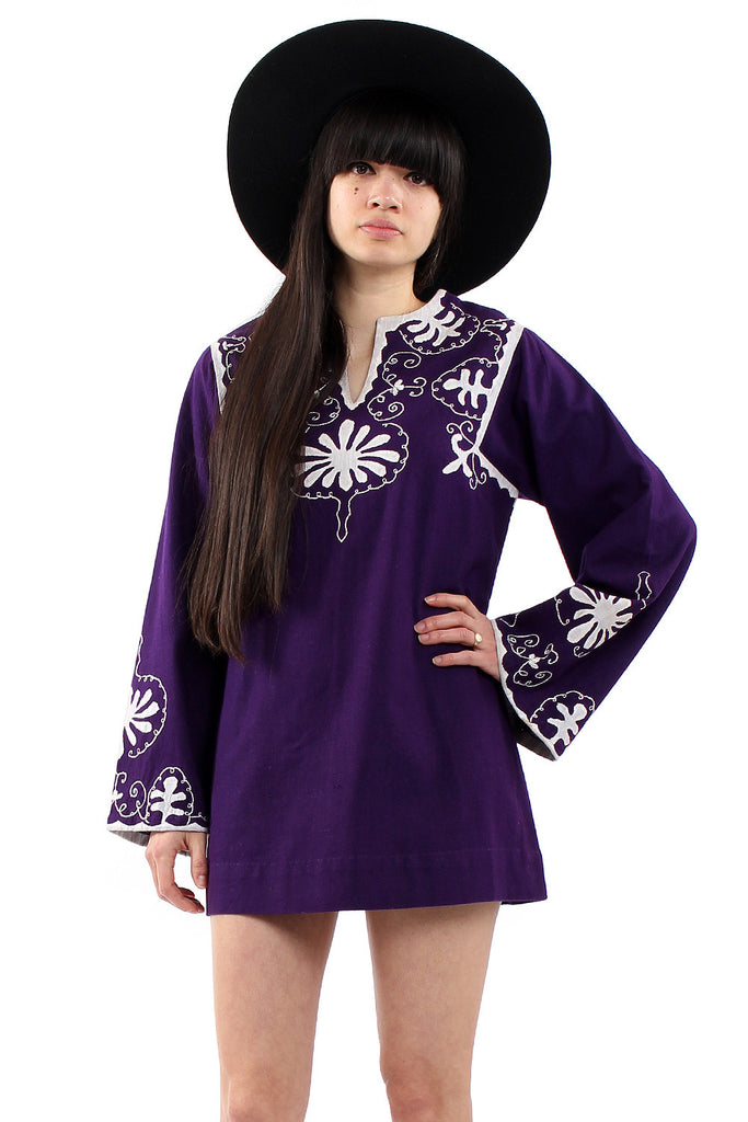 Vintage 70s Purple Embroidered Indian Kaftan Dress