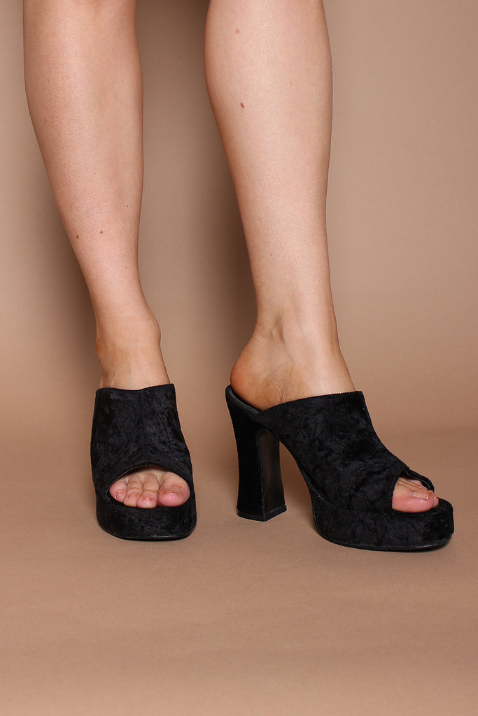 Vintage 90s Black Crushed Velvet Platform Slip On Mules Sandals