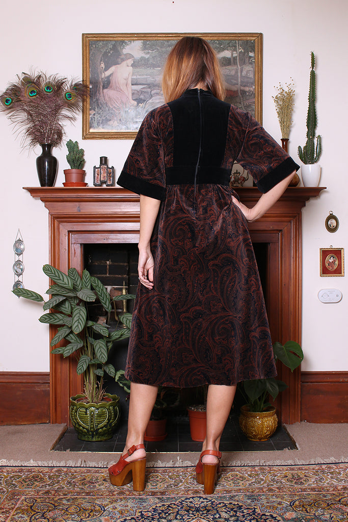 Vintage 70s Annie Gough Black Paisley Velvet Midi Dress