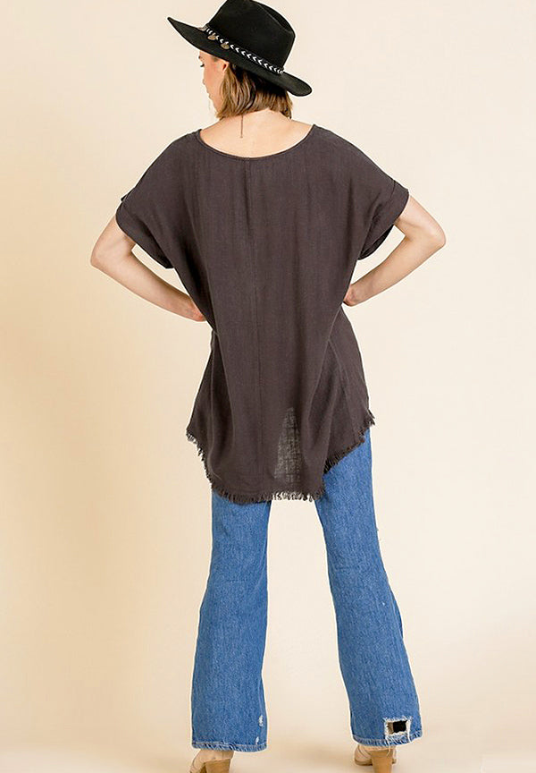 Short Sleeve Round Neck Top with High Low Frayed Scoop Hem