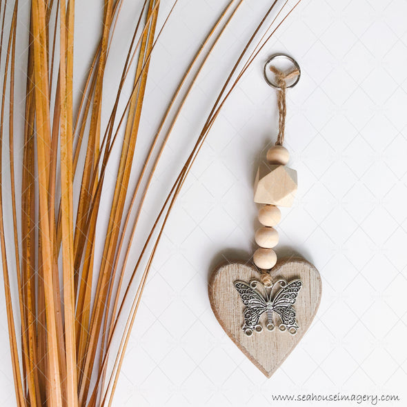 Craft Hanging Creations 3133 Key Ring Silver Butterfly Wooden Heart Round & Hexagonal Beads 20cm
