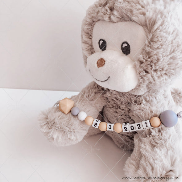 "Craft Hanging Creations 3598 Date ""8-3-2021"" Cheeky Monkey Reveal Baby Births Mustard, White Grey Beads Grey Cord 24cm"