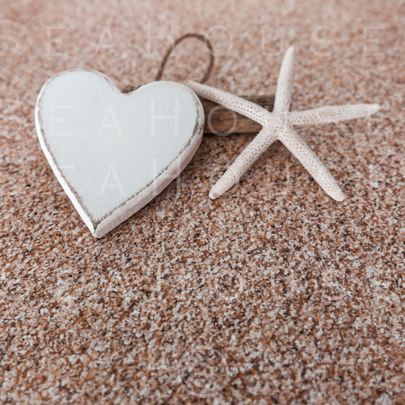WM On Sand Whitewash Heart Starfish Driftwood 2587 Square Size