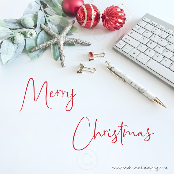 WM Merry Christmas Red Text Greenery Starfish Red Gold Baubles Keyboard Pen 1702 Square Size