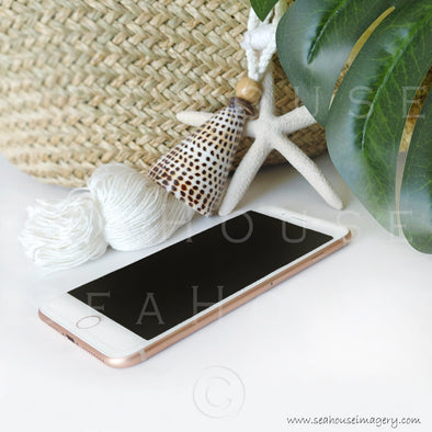 WM Rose Gold IPhone Hanging Shells Basket Monstera Leaf 9791 Square Size