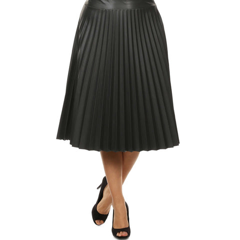 Curvy Black Pretty Pleated Leather Skirt