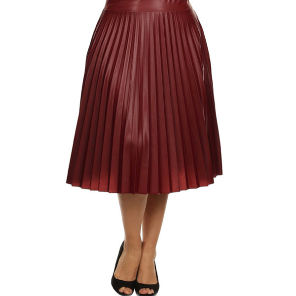 Curvy Pretty Pleated Leather Skirt
