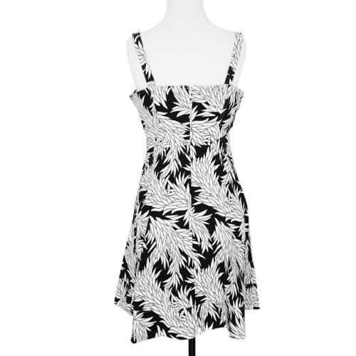 COUNTRY ROAD Black & White Floral Sleeveless Womens' A-Line Dress - 1000 Things Australia