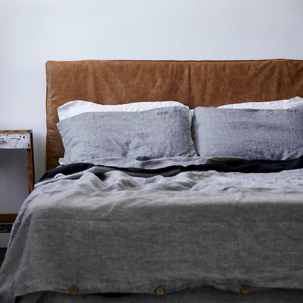 French Linen Duvet Cover in Chambray Grey/Navy
