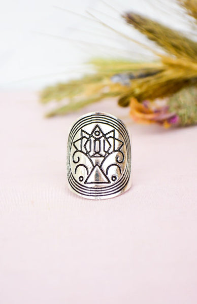 Earth Warrior Ring - Antique Silver